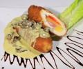 Cordon bleu din pui cu sos alb cu ciuperci