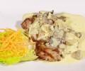 Cotlet de porc in sos alb cu ciuperci